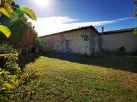 French property for sale in NIEUL LE VIROUIL, Charente Maritime - €203,040 - photo 10