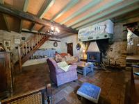 French property for sale in MANSLE, Charente - €162,000 - photo 4