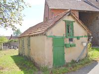 French property for sale in CHENIERS, Creuse - €68,600 - photo 7