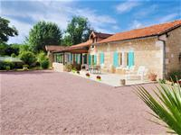 French property for sale in BOURDEILLES, Dordogne - €699,600 - photo 3