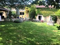 Maison en pierre de 155m², 4 chambres aux portes de Périgueux.Aquitaine/Dordogne Sud est de Périgueux , 5 km de l'autoroute A89.