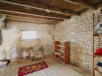 French property for sale in VILLIERS COUTURE, Charente Maritime - €39,900 - photo 4