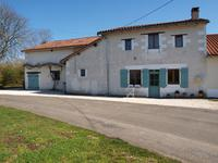 French property for sale in LA CHAPELLE BATON, Vienne - €163,495 - photo 2