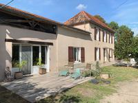 French property for sale in AMBRUS, Lot et Garonne - €299,000 - photo 2