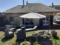 French property, houses and homes for sale inPUGNACGironde Aquitaine