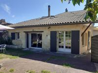 French property for sale in PUGNAC, Gironde - €341,250 - photo 4