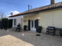 French property for sale in BORESSE ET MARTRON, Charente Maritime - €219,000 - photo 2