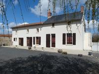 houses and homes for sale inULCOTDeux_Sevres Poitou_Charentes