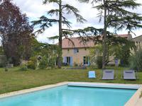 French property, houses and homes for sale inISLE ST GEORGESGironde Aquitaine