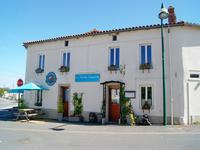 houses and homes for sale inVERNOUX EN GATINEDeux_Sevres Poitou_Charentes
