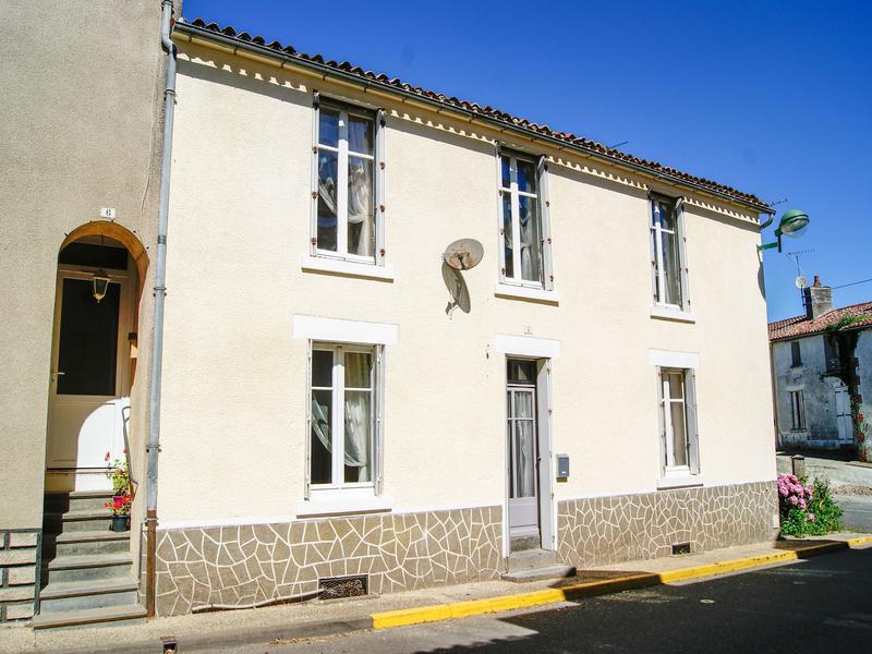 Maison à vendre à MENOMBLET(85700) - Vendee