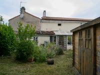 French property for sale in ROMAZIERES, Charente Maritime - €165,240 - photo 6