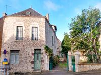 French property, houses and homes for sale inSt Georges Le GaultierSarthe Pays_de_la_Loire