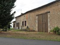 French property for sale in LA CHAPELLE BATON, Vienne - €66,600 - photo 2
