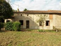 French property for sale in LA CHAPELLE BATON, Vienne - €66,600 - photo 1