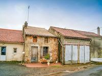 French property, houses and homes for sale inSCILLEDeux_Sevres Poitou_Charentes