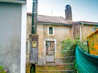 French property for sale in SCILLE, Deux Sevres - €41,600 - photo 2