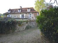 French property for sale in CUBJAC AUVEZERE VAL D ANS, Dordogne - €130,800 - photo 2