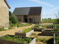 French property for sale in PASSAIS LA CONCEPTION, Orne - €267,500 - photo 2