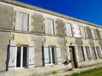French property for sale in ST SAVINIEN, Charente Maritime - €152,600 - photo 2