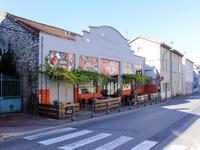 commerce à vendre à RUOMS, Ardeche, Rhone_Alpes, avec Leggett Immobilier