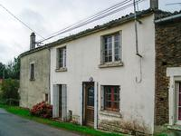 French property, houses and homes for sale inLA TARDIEREVendee Pays_de_la_Loire
