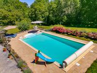 French property for sale in MONTIGNAC, Dordogne - €449,000 - photo 8