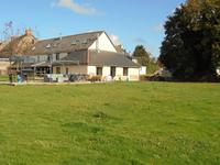 French property for sale in MOHON, Morbihan - €174,960 - photo 2