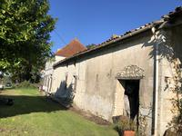 French property for sale in CHARDES, Charente Maritime - €199,000 - photo 3