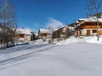French property, houses and homes for sale inLA SALLE LES ALPESHautes_Alpes Provence_Cote_d_Azur