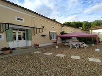 French property for sale in DOUZILLAC, Dordogne - €299,600 - photo 2