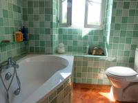 French property for sale in NEUFFONS, Gironde - €381,600 - photo 6