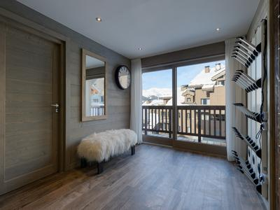 Stunning 2-bedroom new build freehold penthouse - Meribel Centre (save up to 20% TVA*  + approx. 5% purchase fees**)