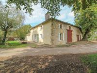 French property for sale in CONFOLENS, Charente - €172,800 - photo 2