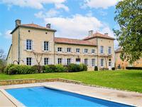 houses and homes for sale inSAUZE VAUSSAISDeux_Sevres Poitou_Charentes