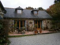French property for sale in PAULE, Cotes d Armor - €246,100 - photo 2