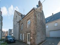 French property for sale in AMBRIERES LES VALLEES, Mayenne - €37,600 - photo 2