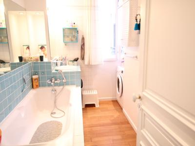 PARIS 75002, rue d'Alexandrie, a rare opportunity for this charming Apartment offering 4 rooms (3 bed) of 90m2 (87m2 Carrez)  (VT 360 & floor plan available) with balcony of 1.6m2, bright & calm with optimized space, situated on the 2nd floor with a lift of a beautiful Haussmann style building (1870), with the high ceiling of 3.20m, surrounded with Paris monuments and fashionable terraces.