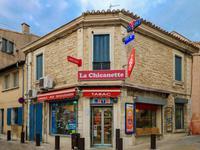 commerce à vendre à ST GILLES, Gard, Languedoc_Roussillon, avec Leggett Immobilier