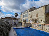 Maison à vendre à DAMPIERRE SUR BOUTONNE en Charente Maritime - photo 1