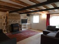 French property for sale in PEILLAC, Morbihan - €172,800 - photo 2