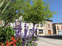 French property for sale in ST SAUVANT, Vienne - €92,400 - photo 2
