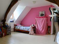 French property for sale in CINQ MARS LA PILE, Indre et Loire - €305,000 - photo 9