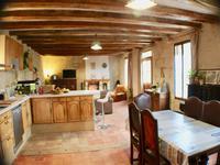 French property for sale in CINQ MARS LA PILE, Indre et Loire - €305,000 - photo 2