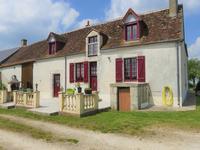 Maison à vendre à MAVES en Loir et Cher - photo 1