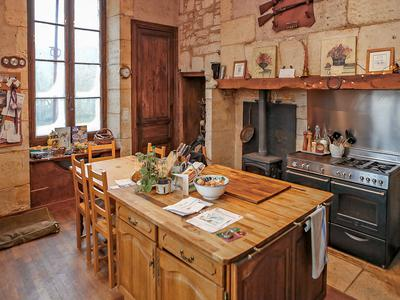 Majestic Maison Bourgeoise, 2 gîtes, cottage, mill house on a beautiful setting alongside the river Cole.