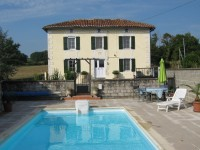 French property for sale in LEZIGNAC DURAND, Charente - €164,500 - photo 3
