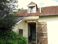French property for sale in ST PRIEST LA FEUILLE, Creuse - €54,600 - photo 3