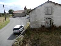 French property for sale in VERNEUIL, Charente - €38,000 - photo 4