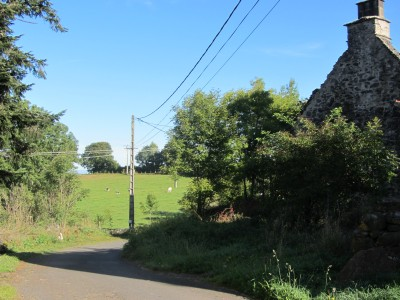 French property, houses and homes for sale in ST ETIENNE DE CHOMEIL Cantal Auvergne